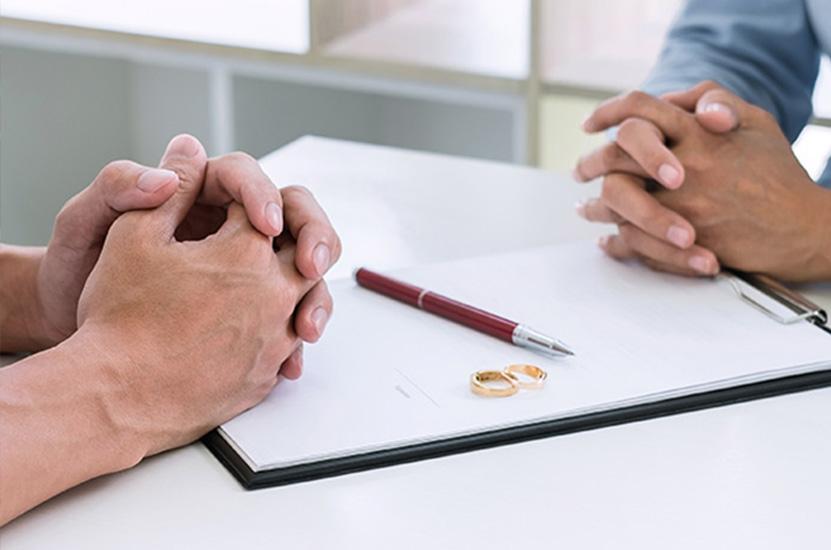 Dr. Riess Rechtsanwälte - Ehescheidung und ihre Folgen